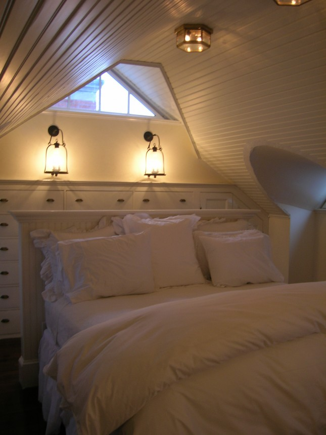 Wall Sconces In Bedrooms : Waverley Ave Newton Bedroom - Cacciola Electric